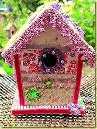 Versierd vogelhuisje van Nienke